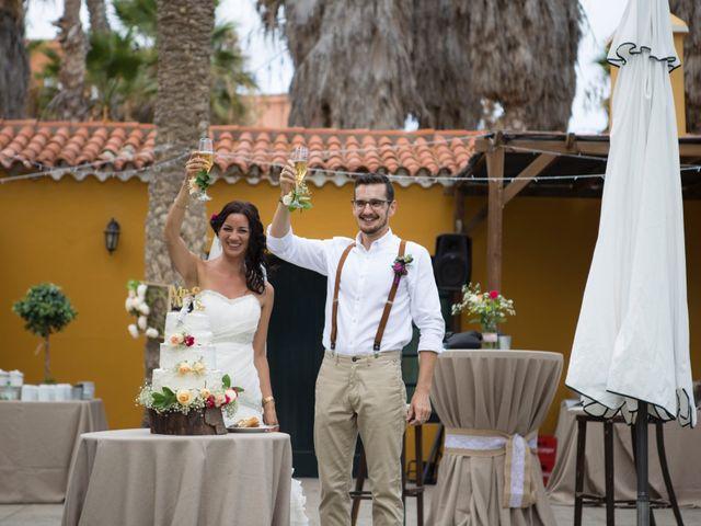 La boda de Emilio y Mabel en Vecindario, Las Palmas 5
