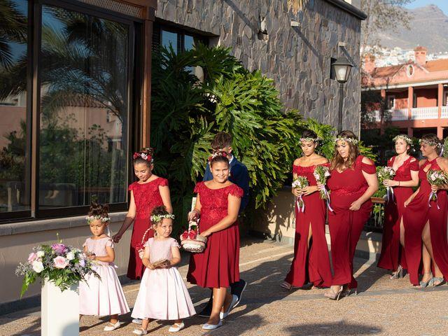 La boda de Carlos y Jenifer en Adeje, Santa Cruz de Tenerife 19