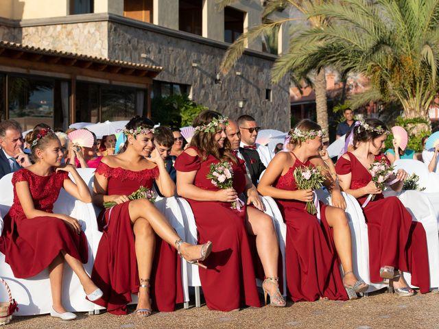 La boda de Carlos y Jenifer en Adeje, Santa Cruz de Tenerife 20