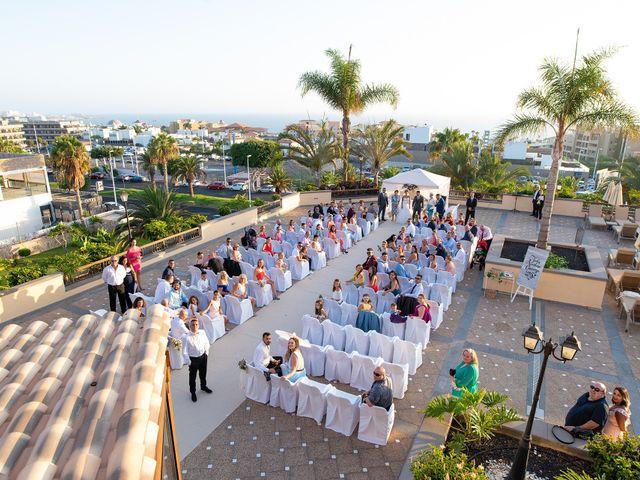 La boda de Carlos y Jenifer en Adeje, Santa Cruz de Tenerife 25