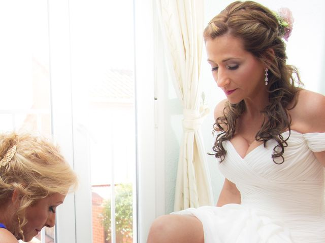 La boda de Javier y Lida en Dos Hermanas, Sevilla 29
