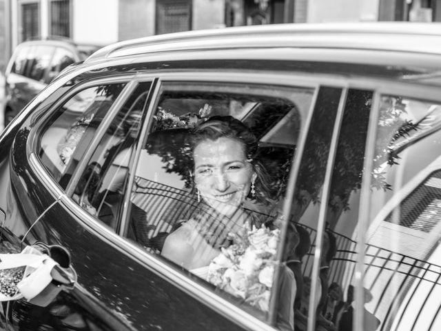 La boda de Javier y Lida en Dos Hermanas, Sevilla 45