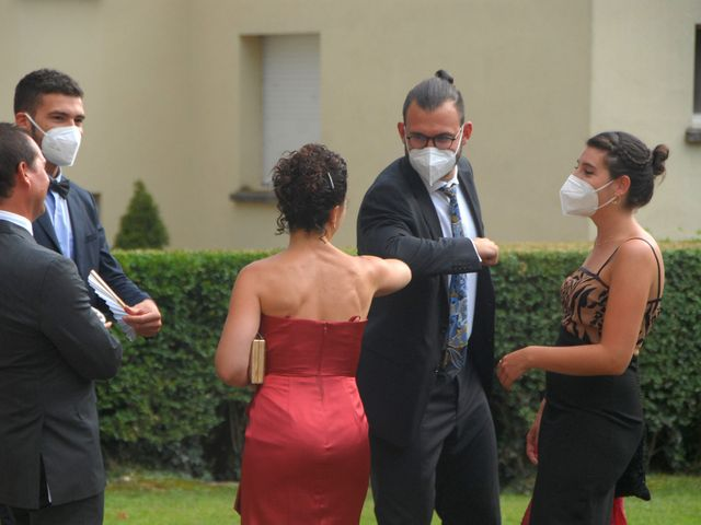 La boda de Nick y Núria en Sant Ferriol, Girona 8