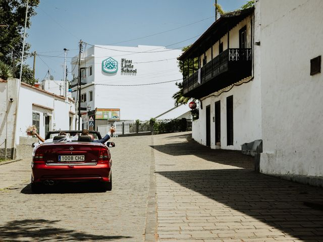 La boda de Marco y Dévora en Tacoronte, Santa Cruz de Tenerife 22