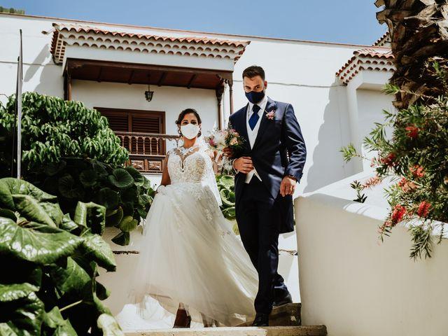 La boda de Marco y Dévora en Tacoronte, Santa Cruz de Tenerife 23