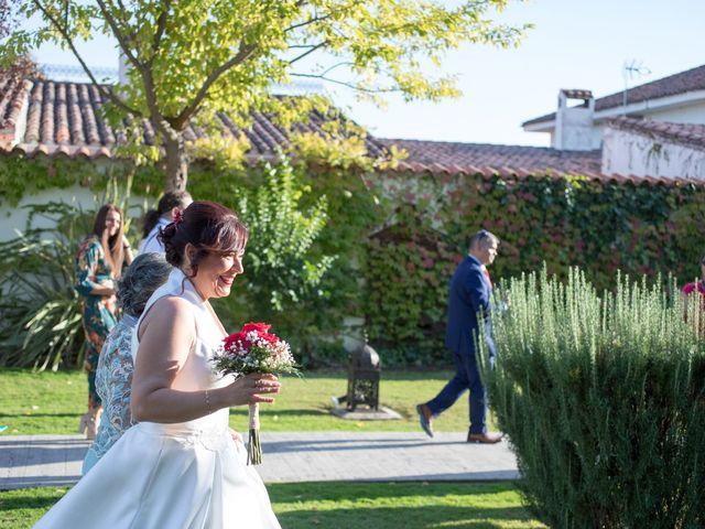 La boda de Guillermo y Angélica en San Roman De Los Montes, Toledo 27