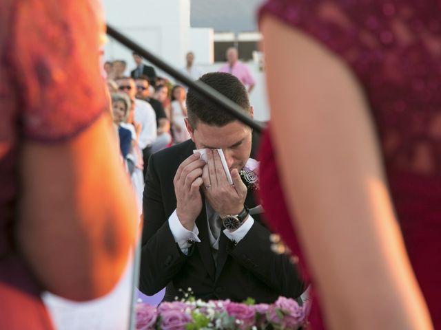 La boda de Robert y Gal.la en Playa De Gandia, Valencia 16