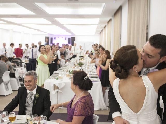 La boda de Robert y Gal.la en Playa De Gandia, Valencia 22