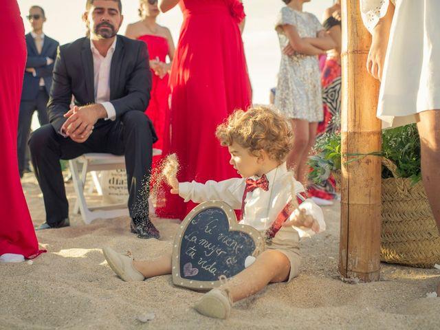 La boda de Felipe y Ursula en Zahara De Los Atunes, Cádiz 28