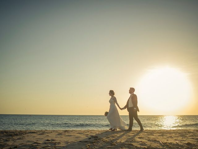 La boda de Felipe y Ursula en Zahara De Los Atunes, Cádiz 34