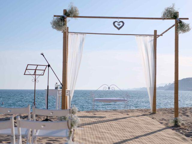 La boda de Norverto y Montserrat en Arenys De Mar, Barcelona 2