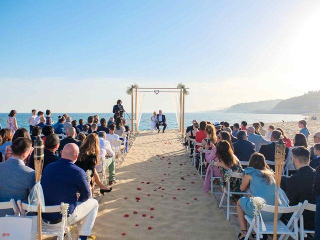La boda de Norverto y Montserrat en Arenys De Mar, Barcelona 6