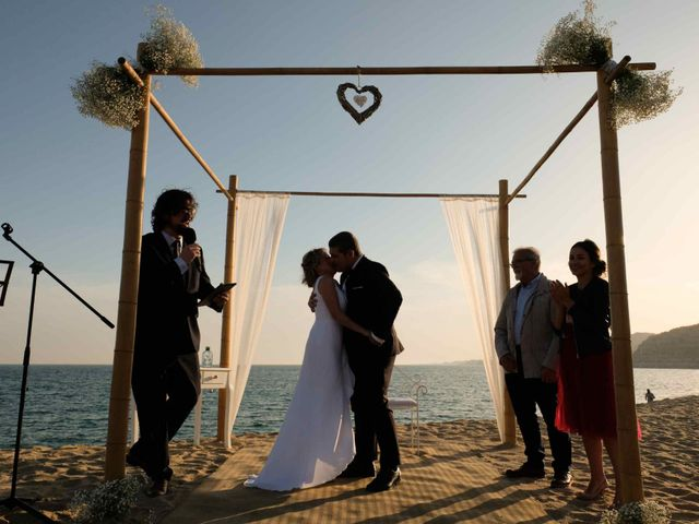 La boda de Norverto y Montserrat en Arenys De Mar, Barcelona 11