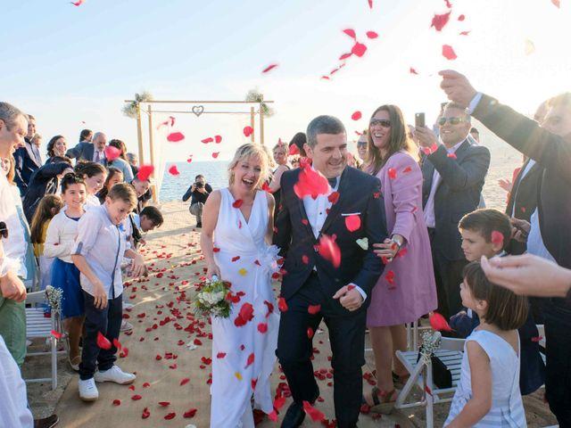 La boda de Norverto y Montserrat en Arenys De Mar, Barcelona 12