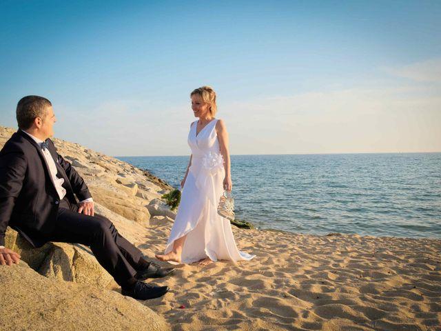 La boda de Norverto y Montserrat en Arenys De Mar, Barcelona 15