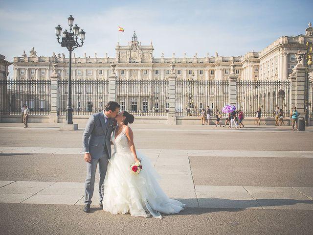La boda de Loris y Tamara en Madrid, Madrid 43
