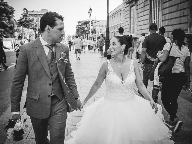 La boda de Loris y Tamara en Madrid, Madrid 45