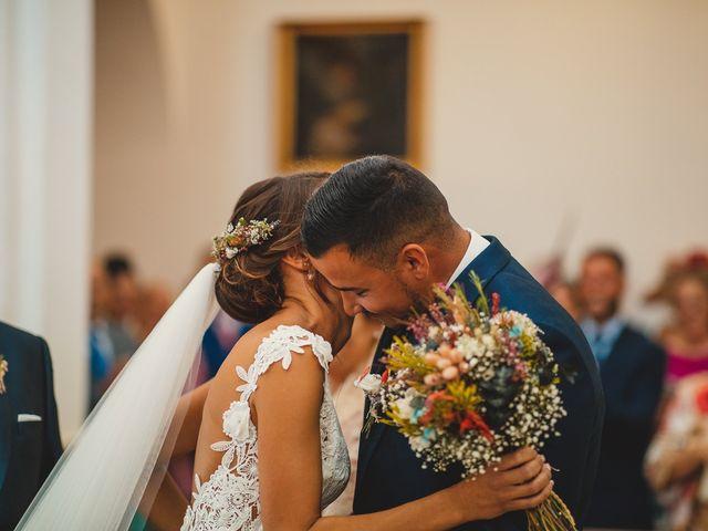 La boda de Carlos y Alba en Los Barrios, Cádiz 23