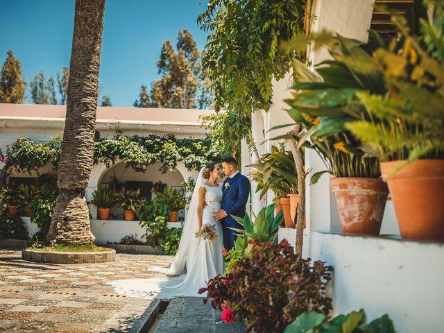 La boda de Carlos y Alba en Los Barrios, Cádiz 33