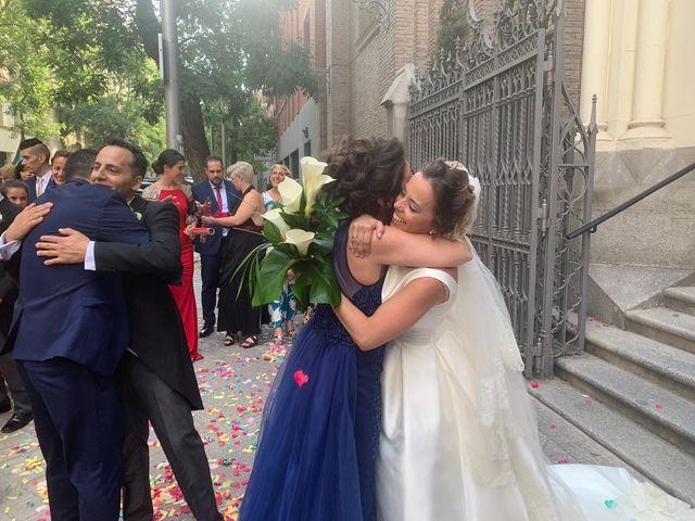 La boda de Antonio y Verónica en Madrid, Madrid 17