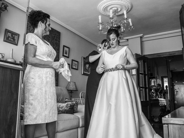 La boda de Unai y Leire en Getxo, Vizcaya 5