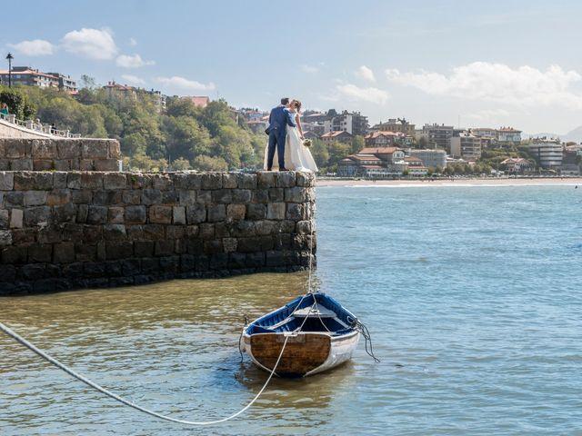 La boda de Unai y Leire en Getxo, Vizcaya 29