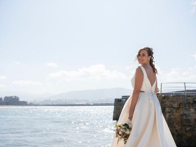 La boda de Unai y Leire en Getxo, Vizcaya 31