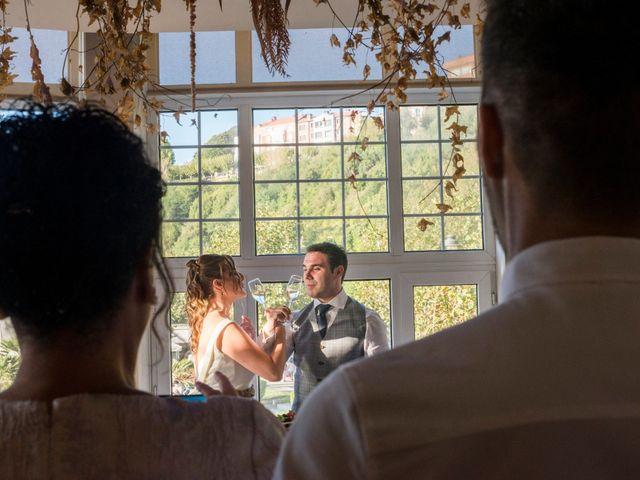 La boda de Unai y Leire en Getxo, Vizcaya 47