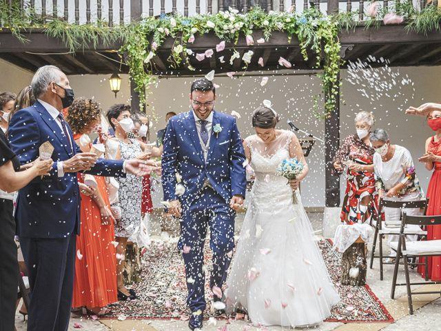 La boda de Diego y Natalia en Grado, Asturias 16