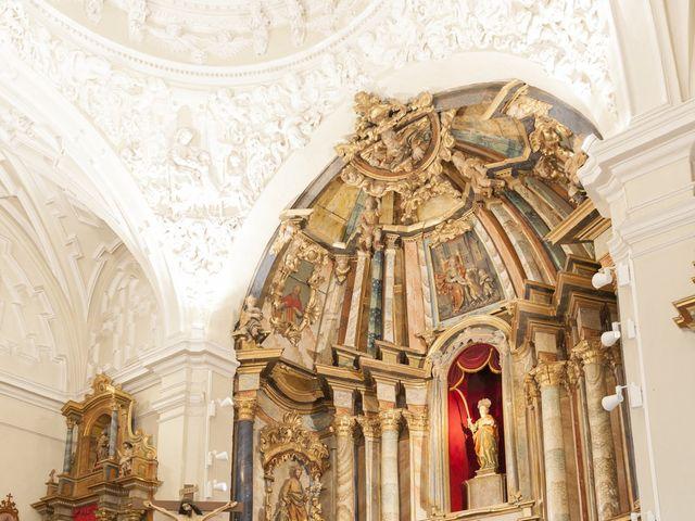 La boda de Pablo y Leticia en La Bañeza, León 14