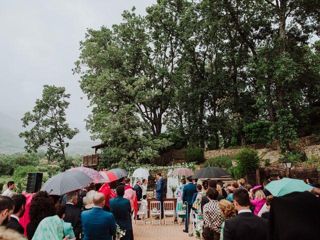 La boda de Angie y Luca en Jarandilla, Cáceres 45