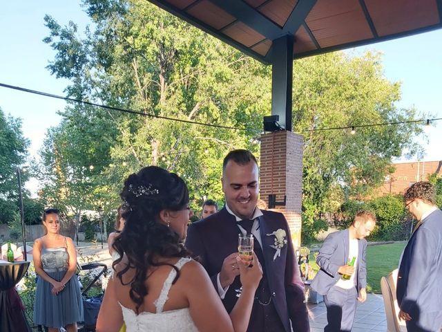 La boda de Miguel  y Lara en Fuenlabrada, Madrid 3