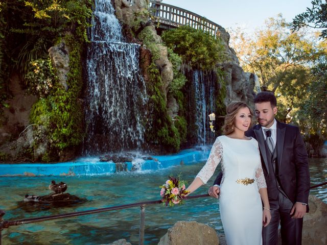 La boda de Manuel y Mª Carmen en Aceuchal, Badajoz 32