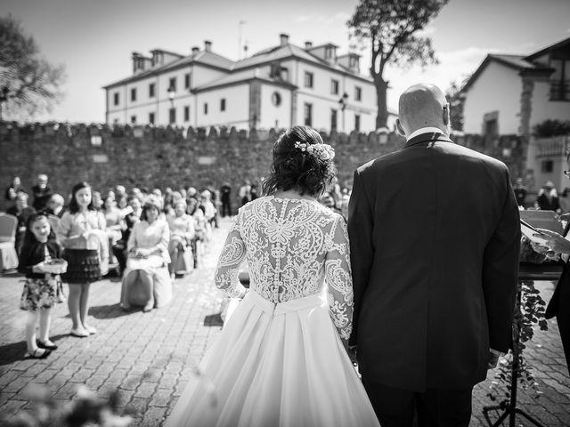 La boda de Diego y Cristina en Soto Del Barco, Asturias 14