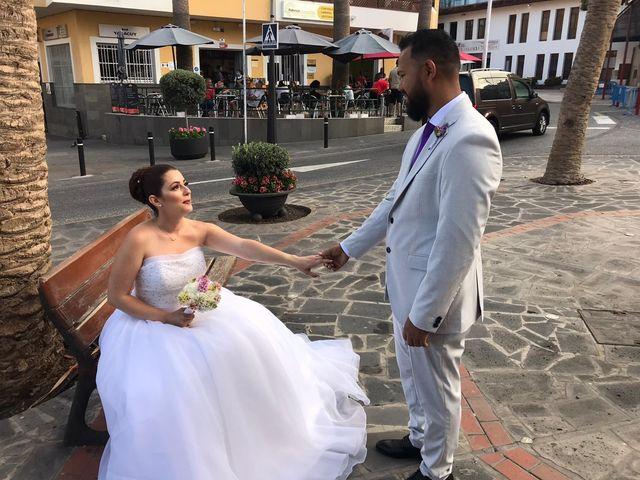 La boda de Alejandro y Fany en Candelaria, Santa Cruz de Tenerife 19