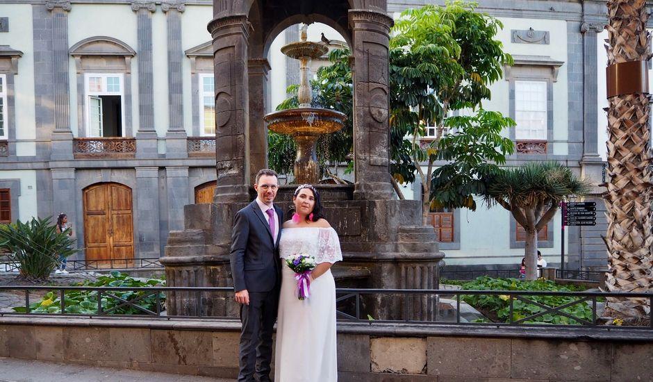 La boda de Alejandro  y Dara  en Las Palmas De Gran Canaria, Las Palmas