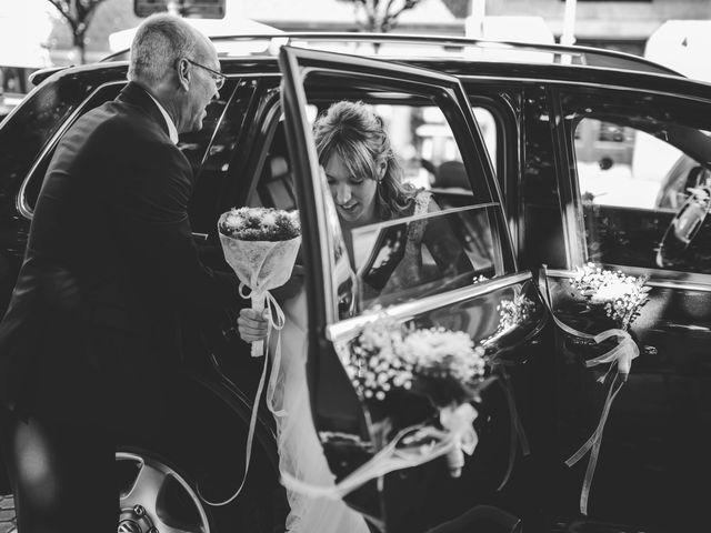 La boda de Javi y Miriam en Donostia-San Sebastián, Guipúzcoa 17