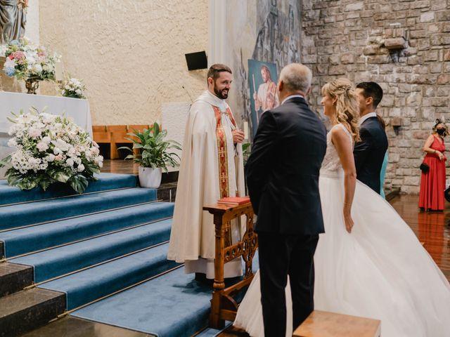 La boda de Javi y Miriam en Donostia-San Sebastián, Guipúzcoa 18
