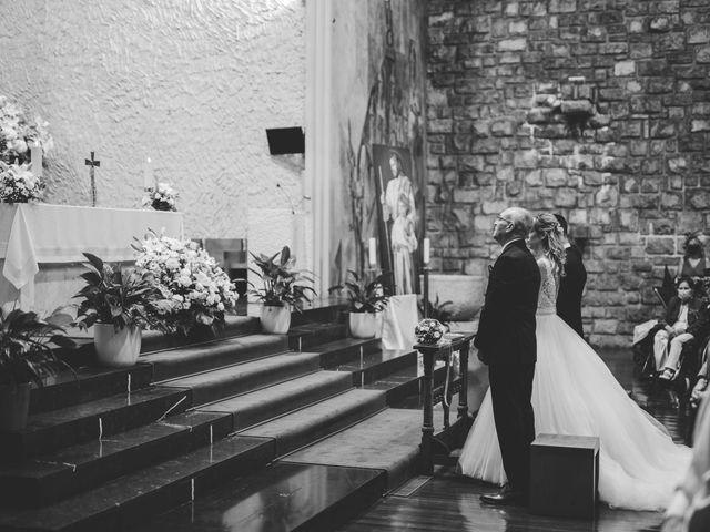 La boda de Javi y Miriam en Donostia-San Sebastián, Guipúzcoa 20