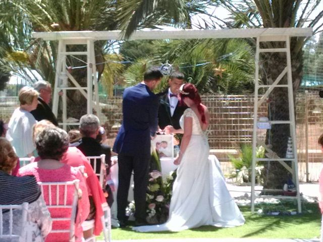 La boda de Canton  y Madel en Almería, Almería 2