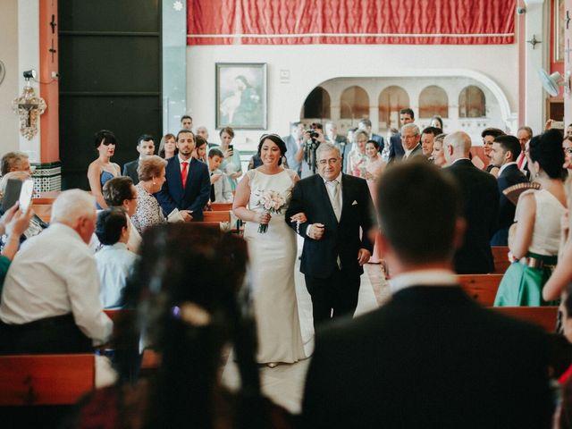 La boda de Javier y Estefania en Santiponce, Sevilla 38