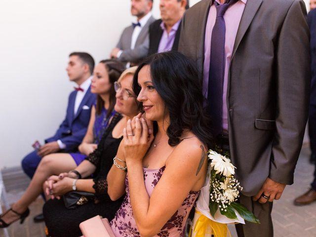 La boda de Roberto y Laura en Catarroja, Valencia 13