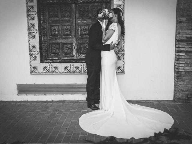 La boda de Roberto y Laura en Catarroja, Valencia 27