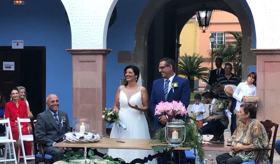 La boda de Eugenia  y Fernando  en Santa Cruz De Tenerife, Santa Cruz de Tenerife
