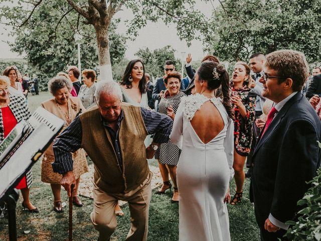 La boda de Javi y Charo en Espartinas, Sevilla 131