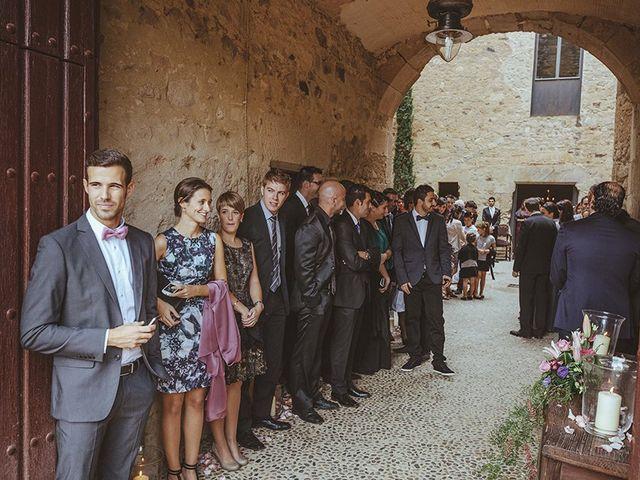 La boda de Albert y Isabel en Sant Pere Pescador, Girona 22