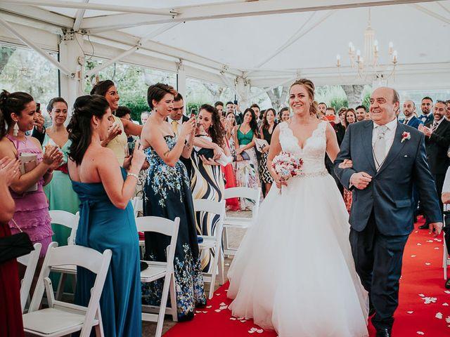 La boda de Sara y Roberto en Madrid, Madrid 13