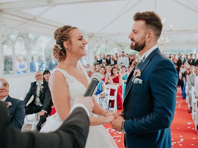 La boda de Sara y Roberto en Madrid, Madrid 19