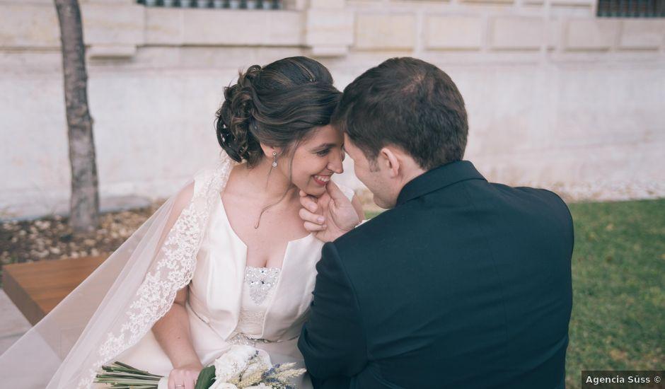 La boda de Jon y Elena en Málaga, Málaga