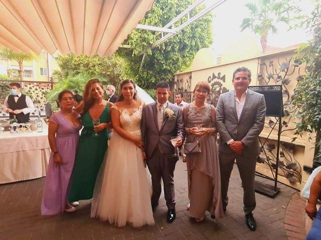 La boda de Jose Antonio y Karla Patricia en Valencia, Valencia 5
